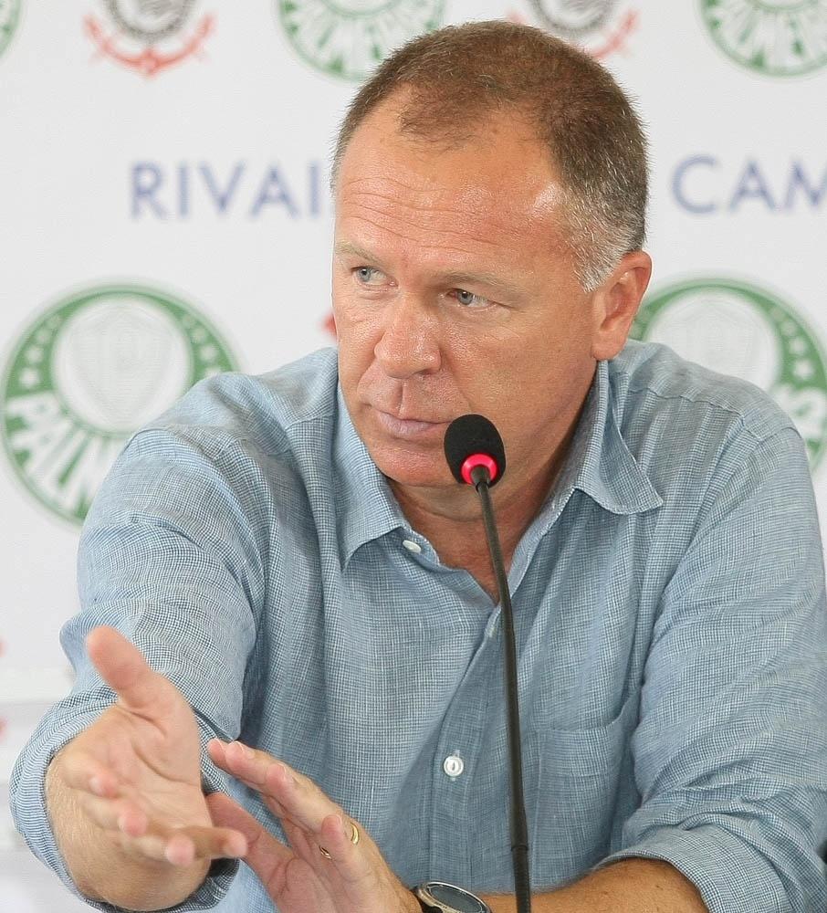 Mano Menezes pode ser o treinador do Palmeiras em 2018