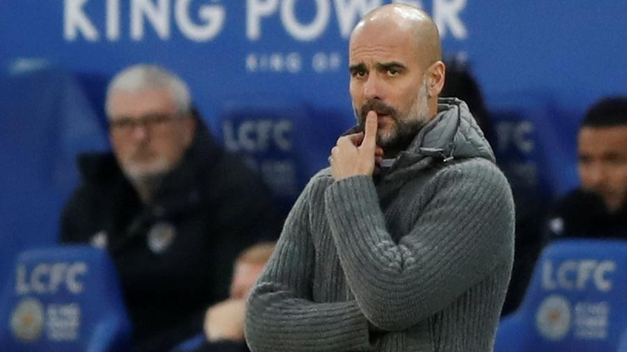 Pep Guardiola, técnico do Manchester City, durante partida contra o Leicester - Carl Recine/Action Images via Reuters
