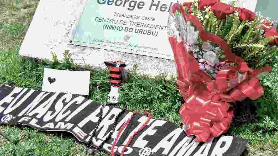 Homenagens às vítimas do incêndio no CT do Flamengo - Thiago Ribeiro/AGIF