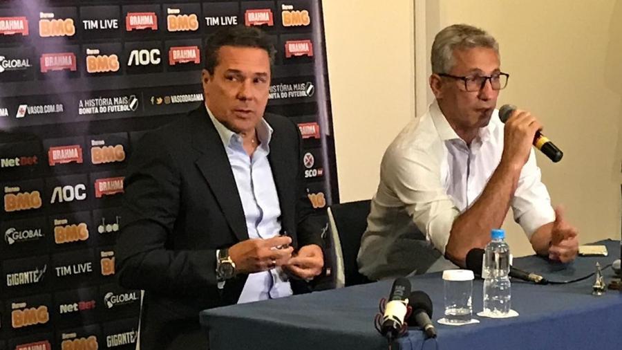 Vanderlei Luxemburgo e Alexandre Campello em coletiva de apresentação do treinador - Bruno Braz / UOL