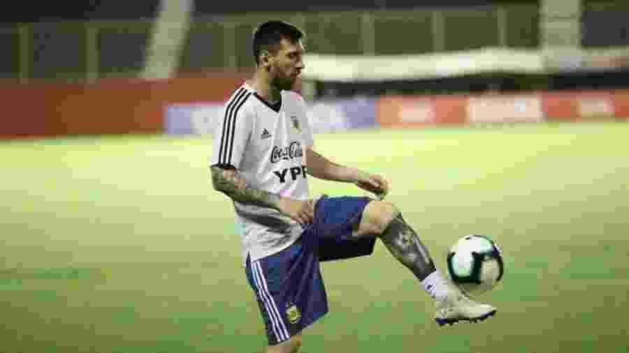 Messi e outras estrelas, como Aguero, Dybala e Di Maria, fizeram quatro treinamentos no estádio do Vitória - Divulgação/AFA