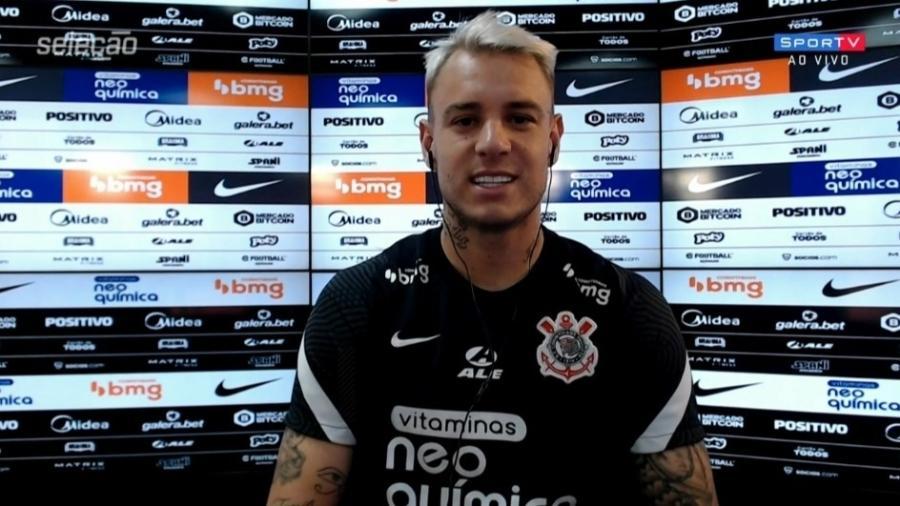 Roger Guedes corneta Everaldo Marques por narração de gol contra o Palmeiras - Redação/SporTV