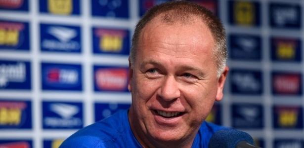 Mano Menezes está próximo de voltar ao comando do Cruzeiro