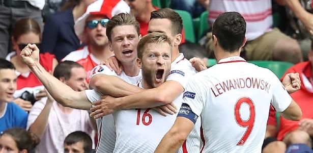 Blaszczykowski comemora gol da Polônia contra Suíça nas oitavas de final da Eurocopa