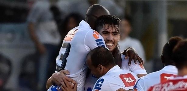 Gol no amistoso contra o Benfica mudou a história de Noguera com a camisa do Santos