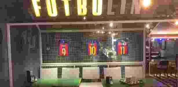 Área de futebol no restaurante de Messi - João Henrique Marques (UOL Esporte) - João Henrique Marques (UOL Esporte)