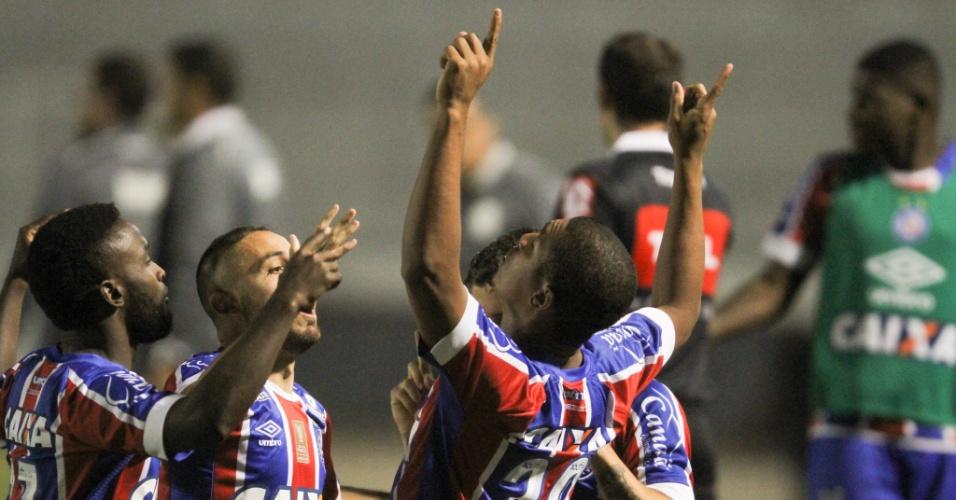 Rodrigão comemora após marcar para o Bahia contra a Ponte Preta