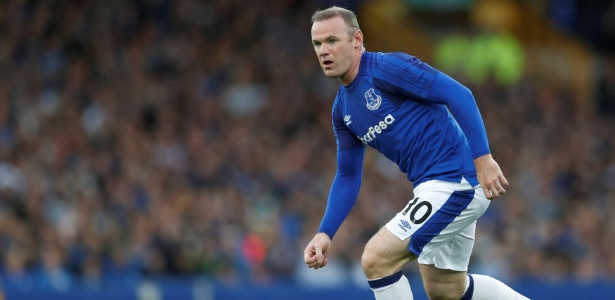 Wayne Rooney em ação pelo Everton; atacante fez sete jogos pelo clube