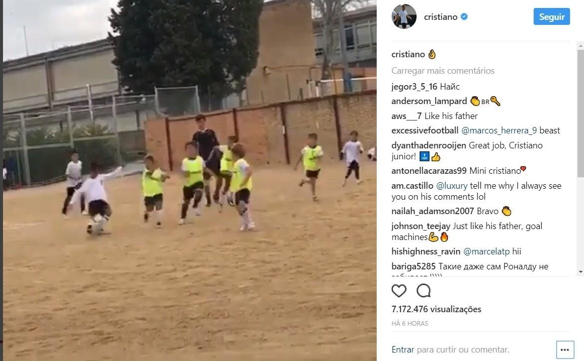 Filho de Cristiano Ronaldo marca gol e enche pai de orgulho