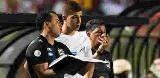 Meia Vitor Bueno jogará por uma temporada no clube ucraniano - Ivan Storti/Santos FC