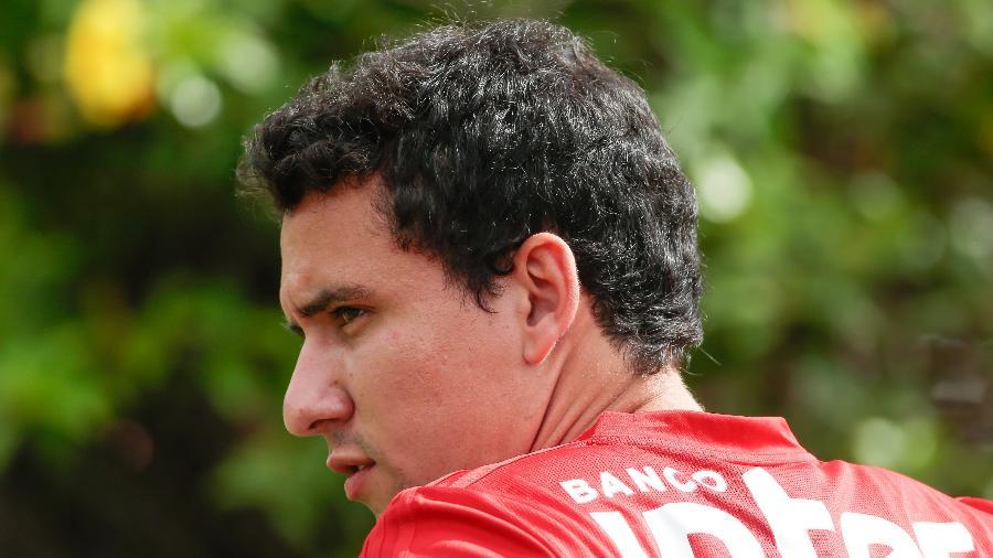 Atacante foi o único titular a integrar o treino com bola da manhã de hoje no CT - Marcello Zambrana/AGIF