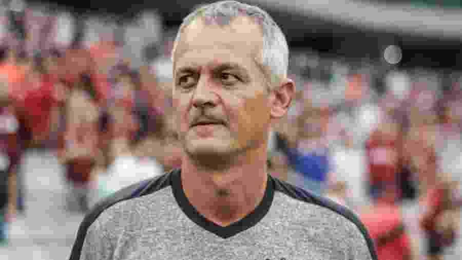 Lisca, técnico do Ceará, durante jogo do time - Gabriel Machado/AGIF