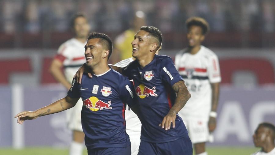 Raul comemora gol do Red Bull Bragantino sobre o São Paulo, em jogo do Brasileirão - FERNANDO ROBERTO/UAI FOTO/ESTADÃO CONTEÚDO