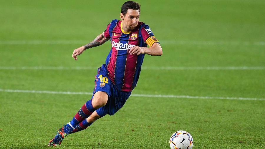 Lionel Messi em jogo do Barcelona - David Ramos/Getty Images
