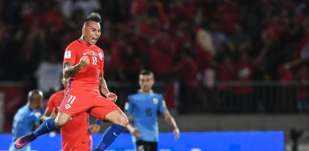 Chileno Vargas é opção do Flamengo para o ataque