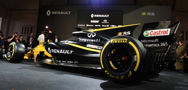 Visão lateral do novo carro da Renault para a temporada 2017 da Fórmula 1
