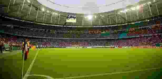 Felipe Oliveira   EC Bahia. Primeira final entre Bahia e Vitória ... 9c1d1587ef309