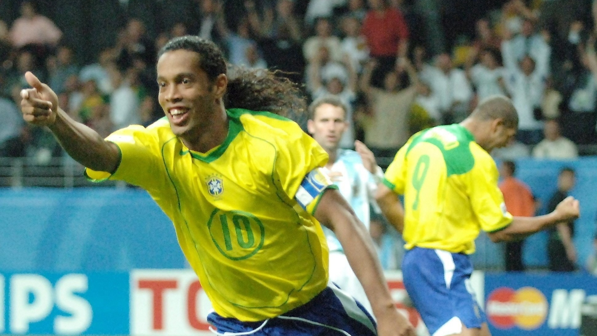 Ronaldinho Gaúcho durante a Copa das Confederações de 2005