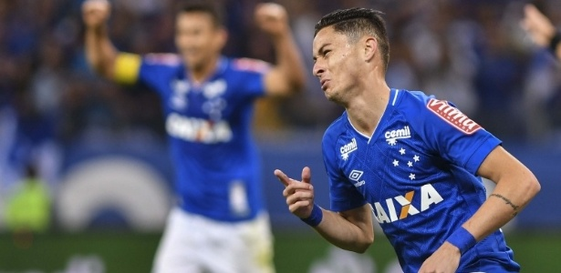 Titular absoluto do Cruzeiro, Diogo estará em campo na final de quarta contra o Flamengo