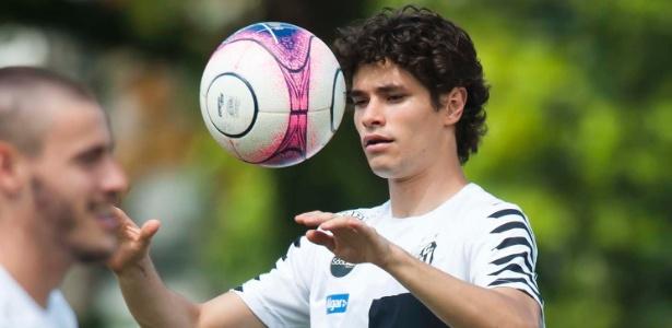 Dodô, que pertence a Sampdoria, virou titular absoluto na lateral-esquerdo do Santos
