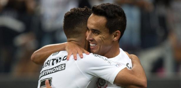 Jadson tem 184 jogos pelo Corinthians, segundo o almanaque oficial do clube - Daniel Vorley/AGIF