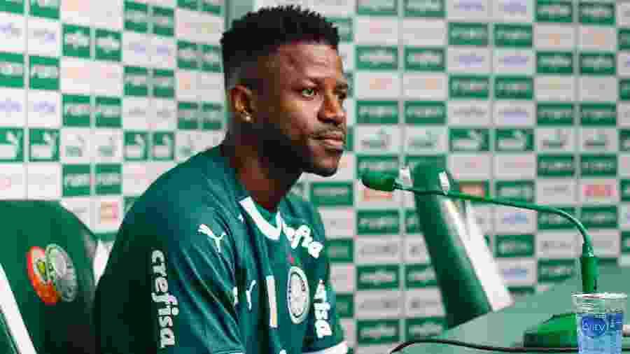 Reforço assume a camisa 18 do Palmeiras, que até pouco tempo atrás era usado por Alejandro Guerra - RICARDO MOREIRA/FOTOARENA/ESTADÃO CONTEÚDO