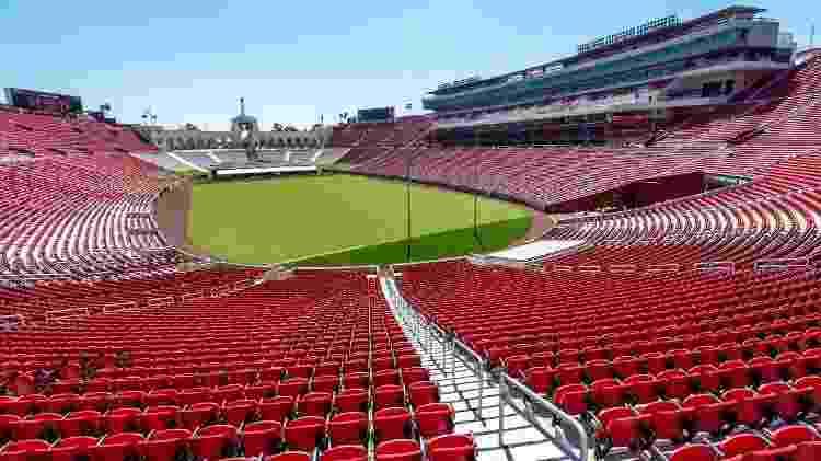 O estádio Los Angeles Memorial Coliseum teve reforma concluída em agosto de 2019 - Divulgação/lacoliseum.com