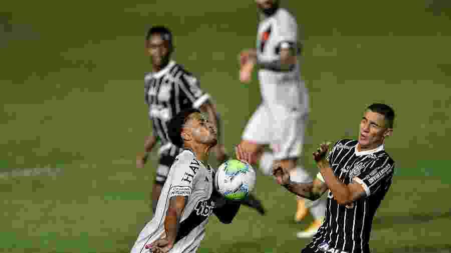 Vasco e Corinthians se enfrentam pelo Campeonato Brasileiro-2020, em jogo antecipado a pedido da TV Globo - Thiago Ribeiro/AGIF