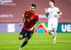 Ferrán Torres comemora hat-trick em 6 a 0 contra Alemanha: