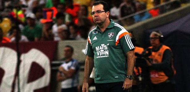 Enderson Moreira é uma das apostas do América-MG para sair do Z-4 do Brasileirão