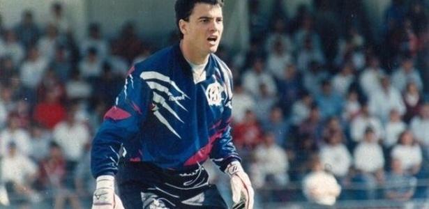 Ricardo Pinto no gol do Atlético em 1996: risco de morte após briga em jogo contra o Flu - Reprodução