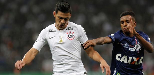 Balbuena em ação durante jogo do Corinthians contra o Santos