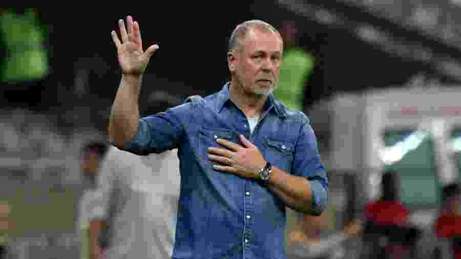 Mano Menezes deixou o comando do Cruzeiro após a eliminação para o Internacional - GUSTAVO RABELO/PHOTOPRESS/ESTADÃO CONTEÚDO