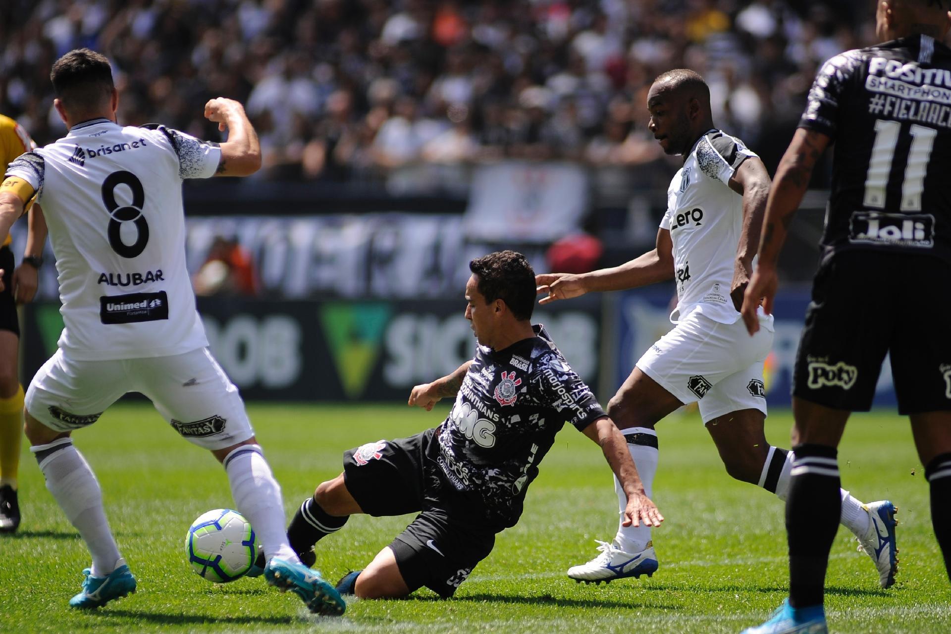 Corinthians Abre 2 A 0 Mas Ceara Se Recupera E Empata Com Golaco Olimpico 07 09 2019 Uol Esporte