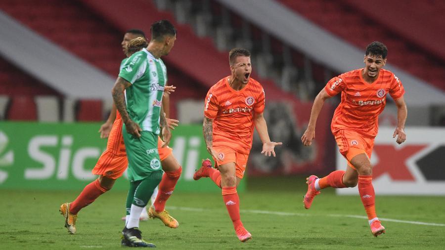 Guilherme Pato marcou o gol do jogo, mas lance da partida foi protagonizado pelo goleiro do Inter - Divulgação/Internacional