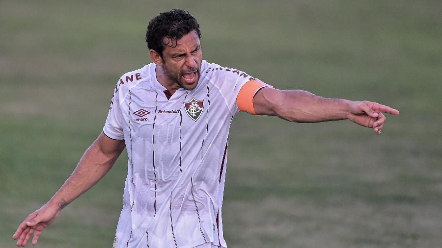 Fred, atacante do Fluminense, reclama durante partida contra o Volta Redonda - Thiago Ribeiro/AGIF