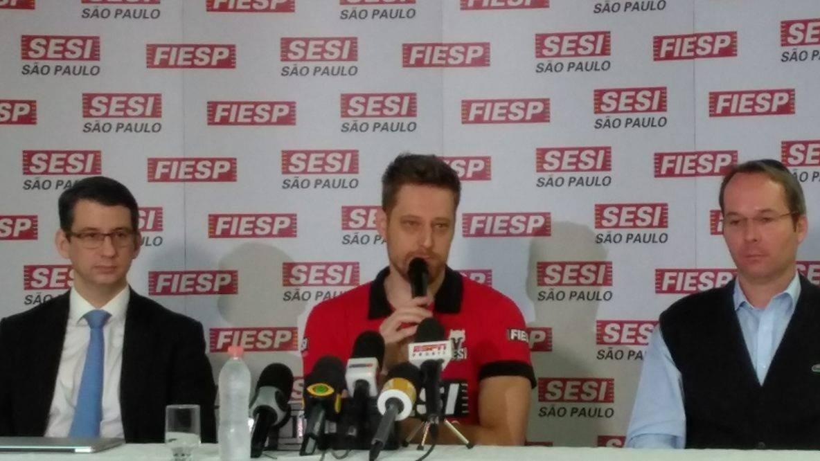 Murilo, do Sesi-SP, concede entrevista coletiva