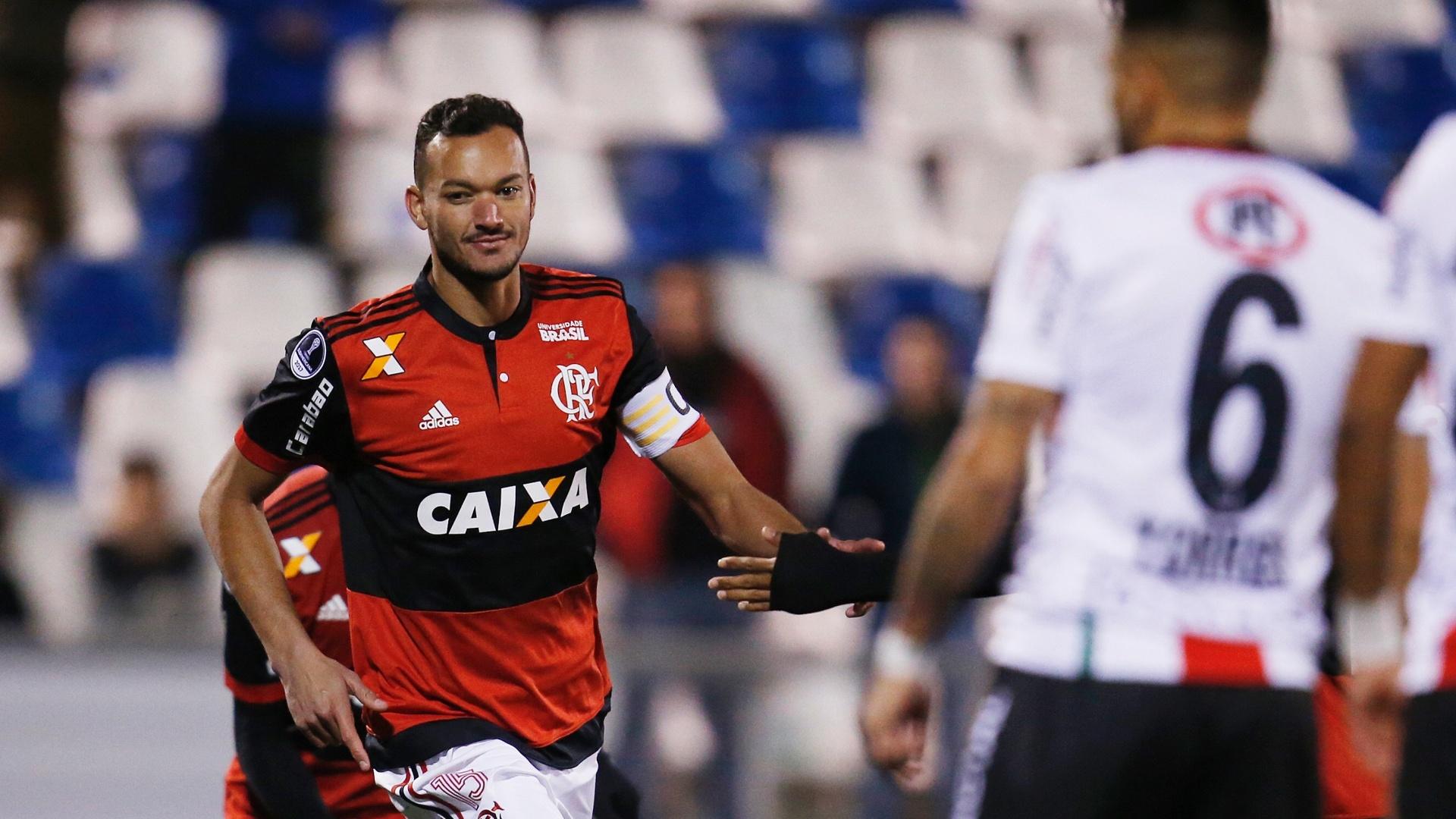 Rever comemora após abrir o placar para o Flamengo na Sul-Americana