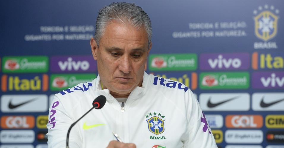 Tite, durante entrevista coletiva da seleção brasileira