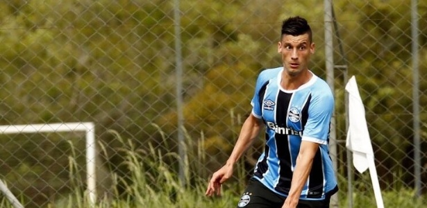 Lucas Poletto, ex-Santos, é um dos chamados para o grupo principal do Grêmio - Divulgação