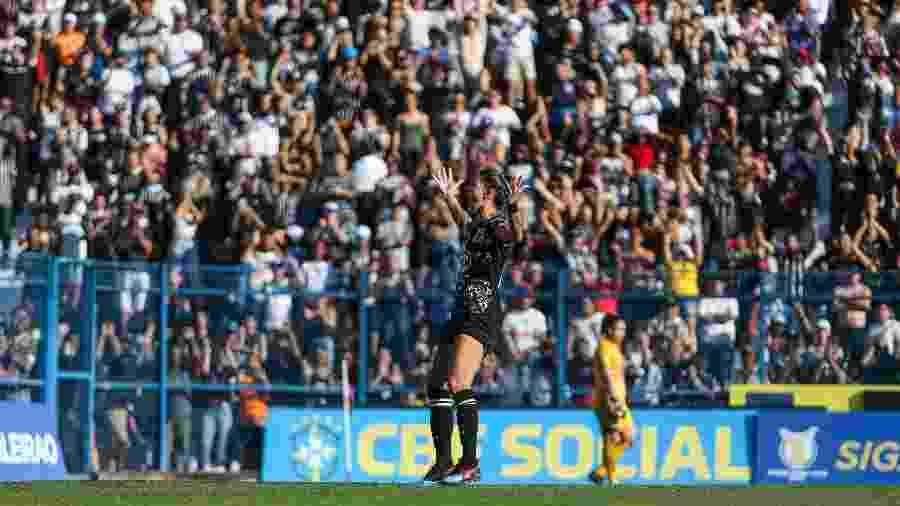 Gabi Zanotti vibra durante Corinthians x Ferroviária pela final do Brasileirão Feminino - Bruno Teixeira/Ag. Corinthians