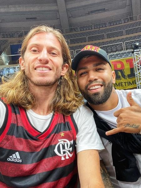 Filipe Luis e Gabigol veem Flamengo e Instituto, no Maracanãzinho - Reprodução/Instagram