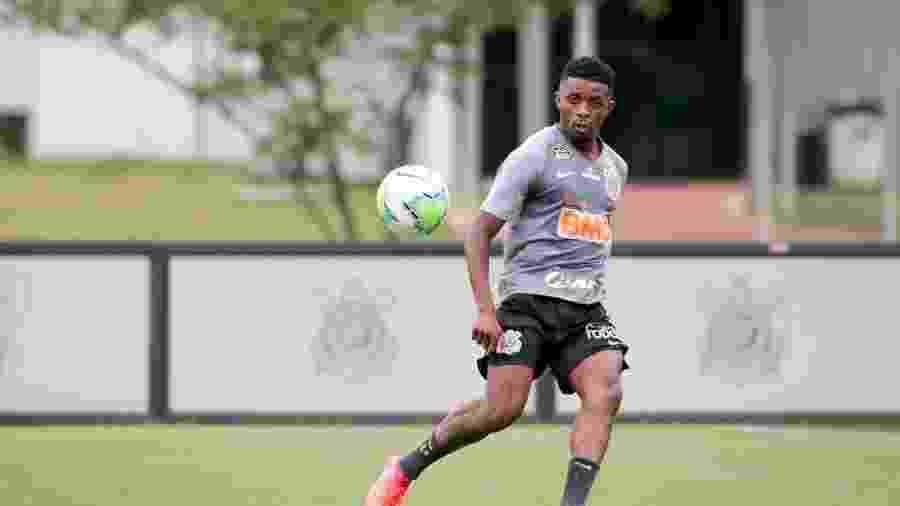 Cafú tem agradado Mancini nos treinos, mas precisa convencer a torcida em campo - Rodrigo Coca/Agência Corinthians