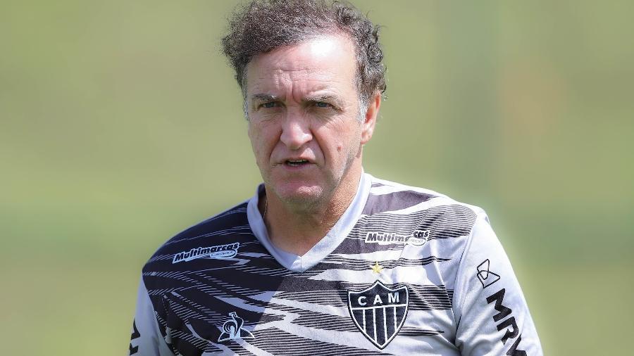 Cuca, treinador do Galo, é questionado pelo torcedor atleticano, mas tem total respaldo da diretoria - Pedro Souza/Atlético-MG