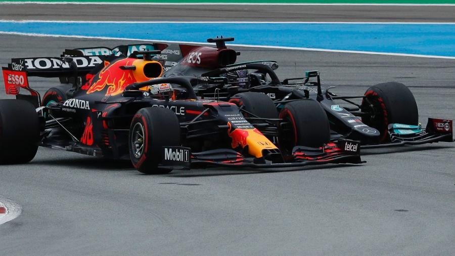 Max Verstappen, da Red Bull, e Lewis Hamilton, da Mercedes, disputam a liderança da temporada - REUTERS/Albert Gea