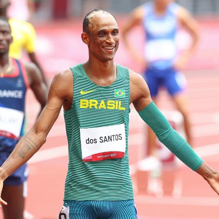 Alison dos Santos está na final dos 400 metros com barreiras nas Olimpíadas de Tóquio - Wagner Carmo/CBAt