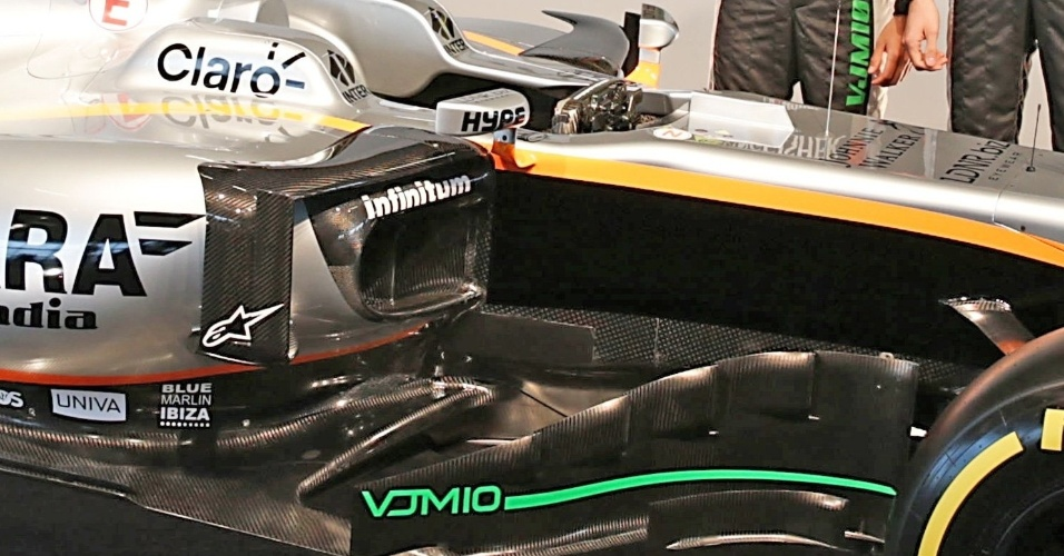 Detalhe da lateral do carro da Force India