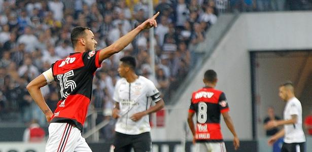 O capitão Réver cobrou melhores resultados do Flamengo até o encerramento do ano