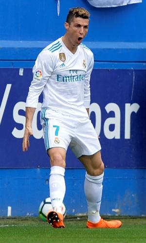 Cristiano Ronaldo celebra após marcar o primeiro gol do Real Madrid contra o Eibar