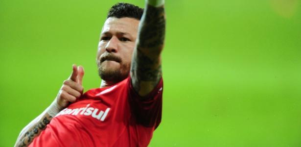 681c689814d45 Vasco anuncia contratação do atacante Rossi. Ricardo Duarte Inter. Rossi é o  nono reforço ...